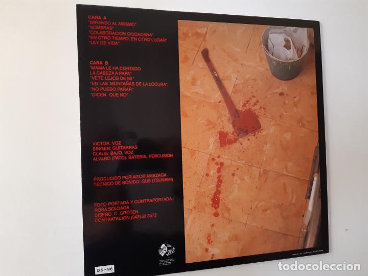 Discos de vinilo: VOMITO. A UN PASO DE LA LOCURA - LP 1990 + LIBRETO + ENCARTE- DISCOS SUICIDAS- COMO NUEVO. - Foto 2 - 186385155