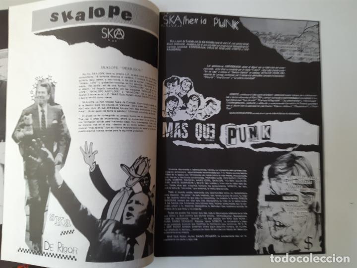 Discos de vinilo: VOMITO. A UN PASO DE LA LOCURA - LP 1990 + LIBRETO + ENCARTE- DISCOS SUICIDAS- COMO NUEVO. - Foto 4 - 186385155