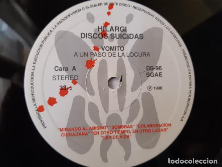 Discos de vinilo: VOMITO. A UN PASO DE LA LOCURA - LP 1990 + LIBRETO + ENCARTE- DISCOS SUICIDAS- COMO NUEVO. - Foto 6 - 186385155