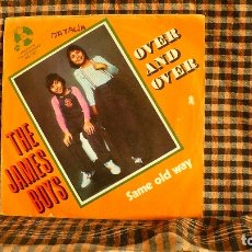Discos de vinilo: THE JAMES BOYS – OVER AND OVER / SAME OLD WAY, 1973, PENNY FARTHING – 06-045.. Lote 187232718