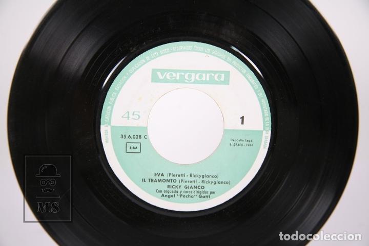 Discos de vinilo: Disco EP De Vinilo - Ricky Gianco / Eva, Iltramonto... - Vergara - Año 1963 - Foto 3 - 187328342