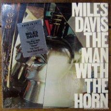 Discos de vinilo: MILES DAVIS - THE MAN WITH THE HORN - 1981 - EDICIÓN AMERICANA - JAZZ. Lote 187499606