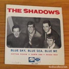 Disques de vinyle: THE SHADOWS -EP VINILO 7''- BLUE SKY BLUE SEA BLUE ME / COTTON PICKIN / SANTA ANA / BOSSA ROO. Lote 188452847