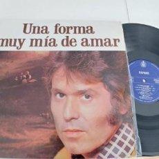 Discos de vinilo: RAPHAEL-LP UNA FORMA MUY MIA DE AMAR . Lote 188467243