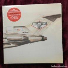 Discos de vinilo: BEASTIE BOYS - LICENSED TO ILL (1986) - LP REEDICIÓN DEF JAM 2016 NUEVO. Lote 188674127
