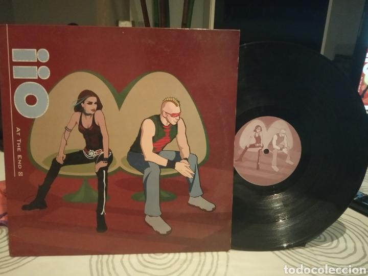 IIO / AT THE END- AÑO 2002 (Música - Discos de Vinilo - EPs - Disco y Dance)