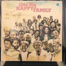 Discos de vinilo: ONE BIG HAPPY FAMILY_1979. Lote 189302550