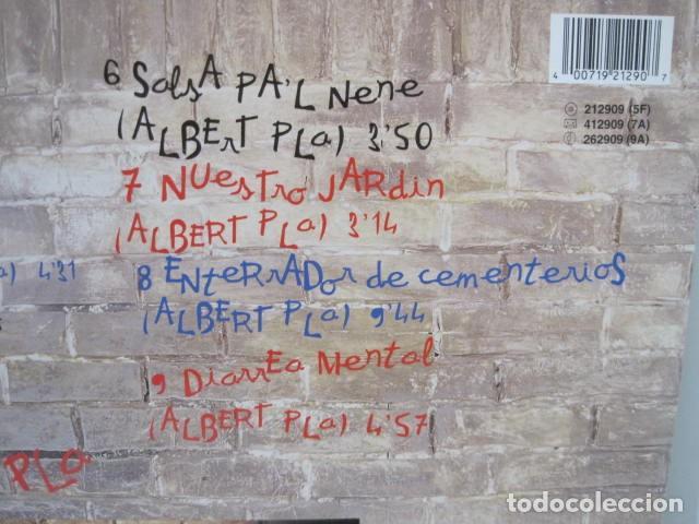 Discos de vinilo: ALBERT PLA. JOAQUIN EL NECIO. NO SÓLO DE RUMBA VIVE EL HOMBRE. 9 CANCIONES. ARIOLA, 1992. - Foto 4 - 189360462