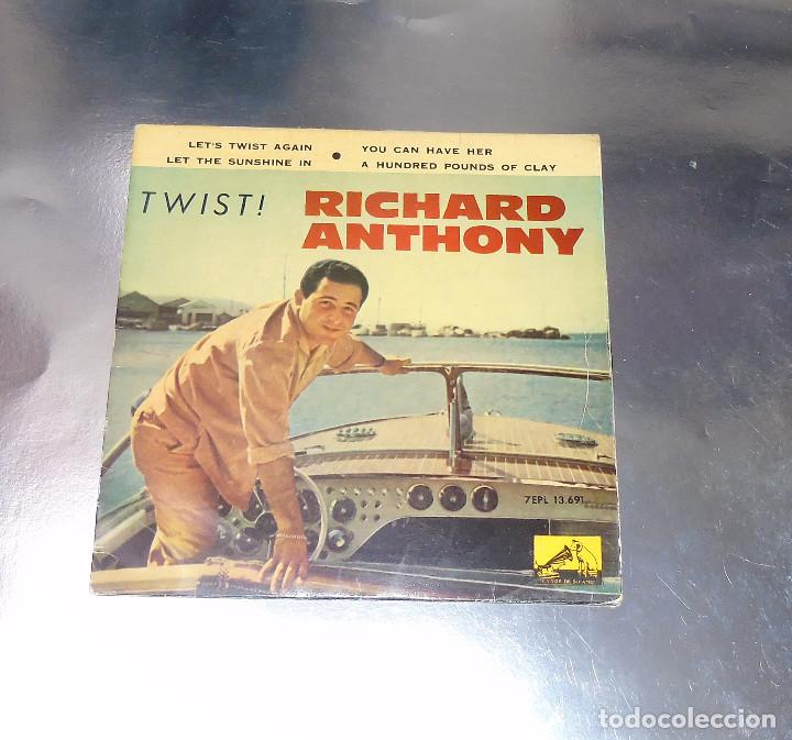 RICHARD ANTHONY --- LET´S TWIST AGAIN / YOU CAN HAVE HER +2 EDICION ESPAÑOLA 1961 (Música - Discos de Vinilo - EPs - Pop - Rock Extranjero de los 50 y 60	)