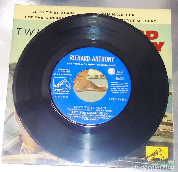 Discos de vinilo: RICHARD ANTHONY --- LET´S TWIST AGAIN / YOU CAN HAVE HER +2 EDICION ESPAÑOLA 1961 - Foto 3 - 189434986