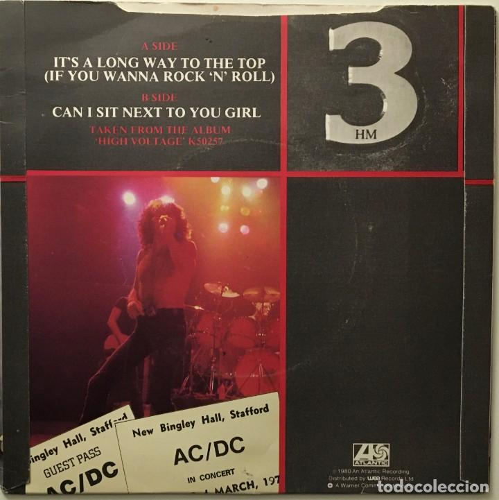 Discos de vinilo: AC/DC – Its A Long Way To The Top (If You Wanna Rock N Roll) - Can I Sit Next To You Girl UK - Foto 2 - 189463805