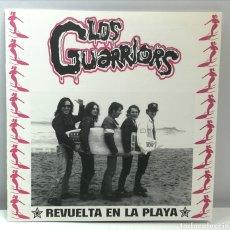 Discos de vinilo: LOS GUARRIORS, REVUELTA EN LA PLAYA +3 (NO TOMORROW 1995) - INSERTO-. Lote 189935553