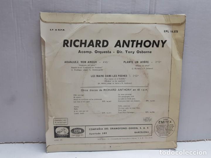 Discos de vinilo: SINGLE-RICHARD ANTHONY-ARANJUEZ ,MON AMOUR en funda original año 1967 - Foto 2 - 190017053