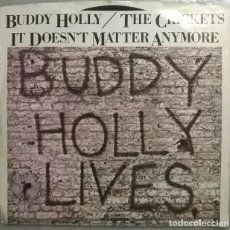 Discos de vinilo: BUDDY HOLLY & THE CRICKETS. PEGGY SUE/ IT DOESN'T MATTER ANYMORE. MCA, UK 1978 SINGLE. Lote 191315630