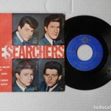 Discos de vinilo: THE SEARCHERS - ¿QUE LE HAN HECHO A LA LLUVIA? + 3 - PYE PYEP 2067 (1965). Lote 191393241
