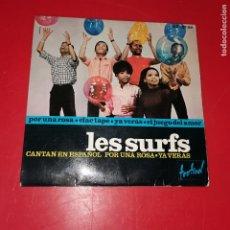 Discos de vinilo: LES SURFS - POR UNA ROSA - EP DE VINILO EDICION ESPAÑOLA CANTADO EN ESPAÑOL. Lote 191713316