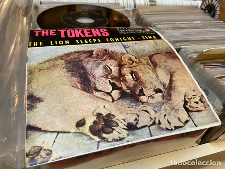 Discos de vinilo: The tokens the lion sleeps Tina Ep Disco de vinilo - Foto 2 - 192263761