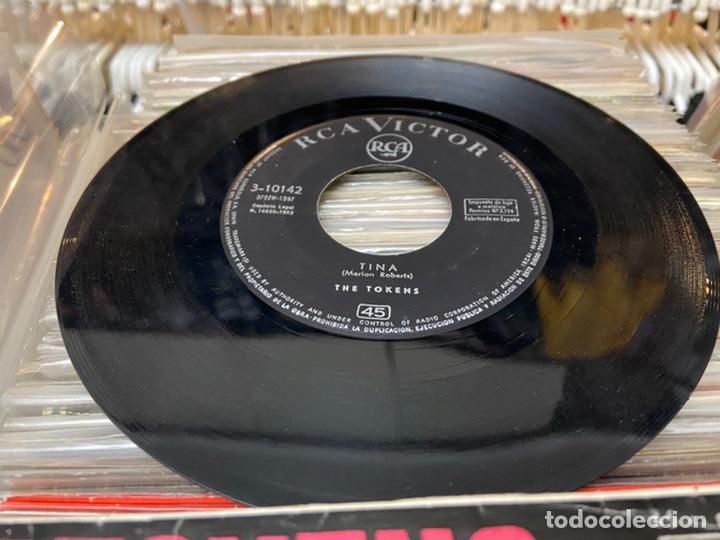 Discos de vinilo: The tokens the lion sleeps Tina Ep Disco de vinilo - Foto 3 - 192263761
