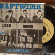 Disques de vinyle: KRAFTWERK LAS MODELOS SINGLE SPAIN 1982 PDELUXE. Lote 192596581