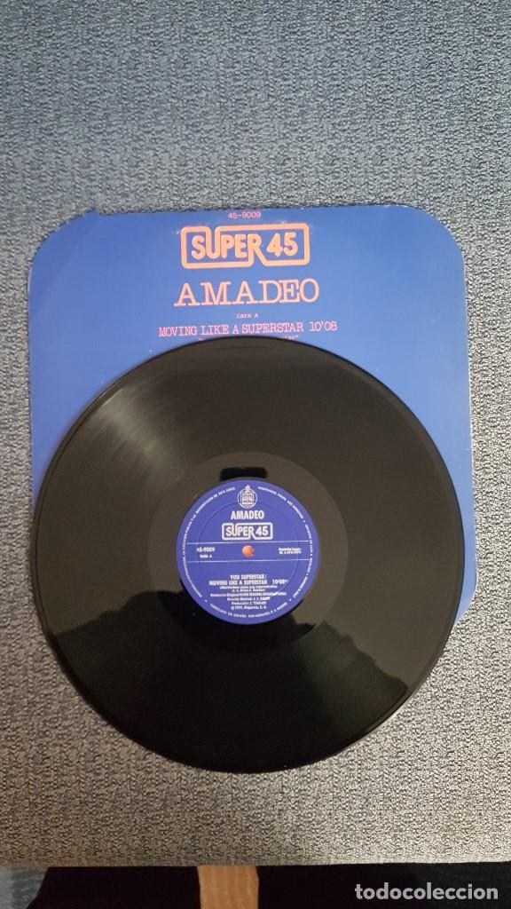 Discos de vinilo: Amadeo - Moving like a superstar/ Let´s move your body - MAXI SINGLE. año. 1.977. Hispavox - Foto 3 - 192674710