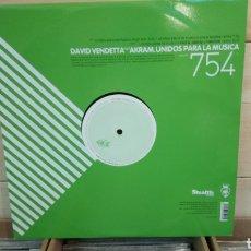 Discos de vinilo: DAVID VENDETTAFEATAKRAM–UNIDOS PARA LA MUSICA . MAXI VINILO ELECTRO HAUSE.. Lote 193063433