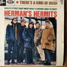 Discos de vinilo: HERMAN'S HERMITS -EP - THERE'S A KIND OF HUSH +3. Lote 193248342
