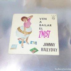 Discos de vinilo: JOHNNY HALLYDAY --- LET´S TWIST DE AGAIN & VIENS DANSER LE TWIST +2 1961. Lote 193437265