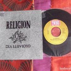 Discos de vinilo: RELIGION-SINGLE VINILO-SG21-DIA LLUVIOSO-LA CEREMONIA. Lote 193627842