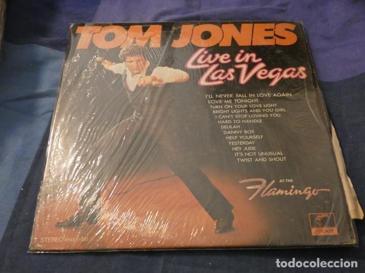 LP AMERICANO ANTIGUO TOM JONES LIVE IN LAS VEGAS BUEN ESTADO A PESAR DE SU ANTIGUEDAD (Música - Discos de Vinilo - Maxi Singles - Cantautores Internacionales)