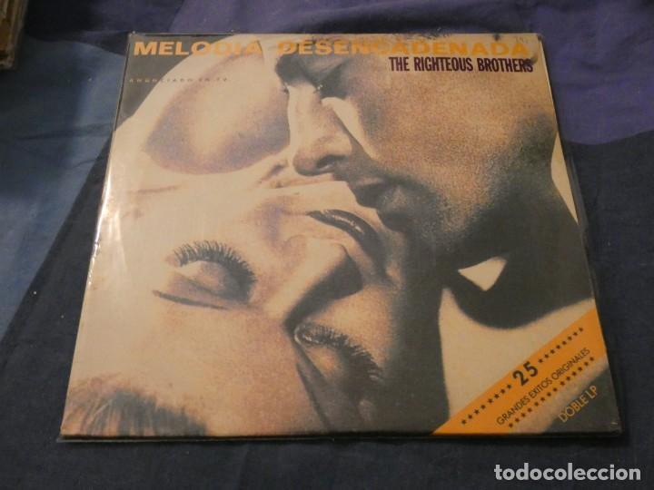 DOBLE LP 25 TEMAS THE RIGHTEOUS BROTHERS MELODIA DESENCADENADA BUEN ESTADO (Música - Discos de Vinilo - Maxi Singles - Cantautores Extranjeros)