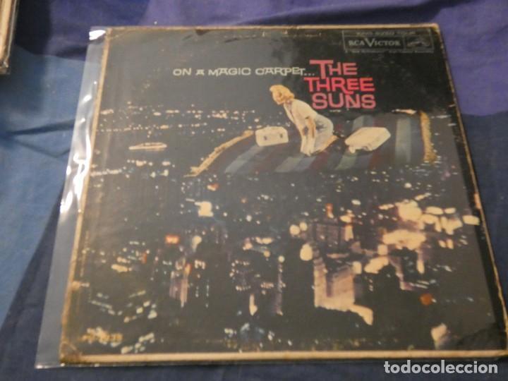 LP AMERICANO AÑOS 50 THE THREE SUNS LEVES SEÑALES DE USO EN VINILO ADHESIVOS EN CONTRAPORTADA (Música - Discos de Vinilo - Maxi Singles - Cantautores Internacionales)