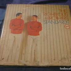 Discos de vinilo: LP AMERICANO ANTIQUISIMO RIGHTEOUS BROTHRS STANDARDS AMERICANO ANTIGUO, PORTADA VER FOTO VINILO BIEN. Lote 193739751