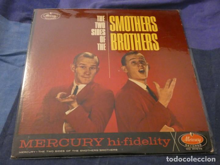 LP AMERICANO ANTIQUISIMO THE SMOTHERS BROTHERS TWO SIDES OF USA MUY BUEN ESTADO (Música - Discos de Vinilo - Maxi Singles - Cantautores Internacionales)