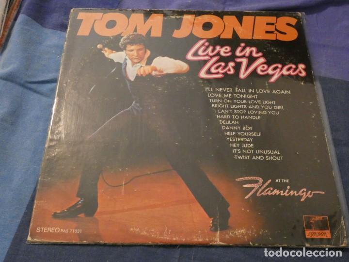 LP AMERICANO ANTIGUO TOM JONES LIVE IN LAS VEGAS USA 60S BUEN ESTADO PARA SU EDAD (Música - Discos de Vinilo - Maxi Singles - Cantautores Internacionales)