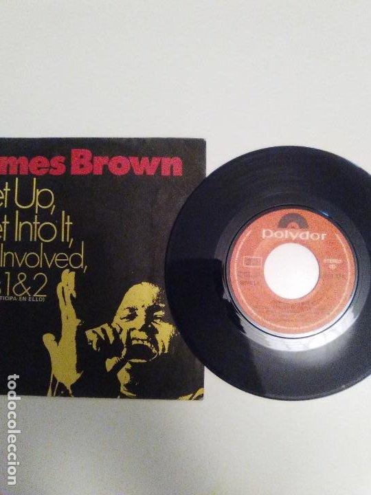 Discos de vinilo: JAMES BROWN Get up Get into it Get involved Parts 1 & 2 ( 1971 POLYDOR ESPAÑA ) - Foto 3 - 193765226