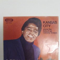 Discos de vinilo: JAMES BROWN KANSAS CITY / STONE FOX / BRING IT UP / NOBODY KNOWS ( 1967 SONOPLAY ESPAÑA ) . Lote 193765467