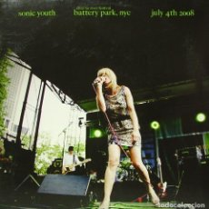 Discos de vinilo: SONIC YOUTH - RIVER TO RIVER BATTERY PARK NYC, JULY 4TH 2008 LP + POSTER UK 2009. Lote 194123821