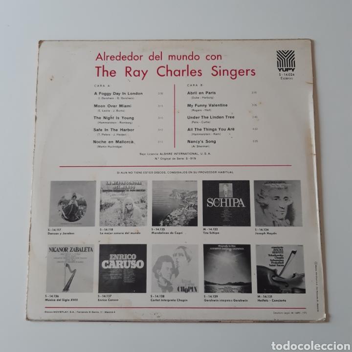 Discos de vinilo: LP - THE RAY CHARLES SINGERS - ALREDEDOR DEL MUNDO - ORIGINAL ESPAÑOL, YUPY RECORDS 1970 - Foto 2 - 194126157