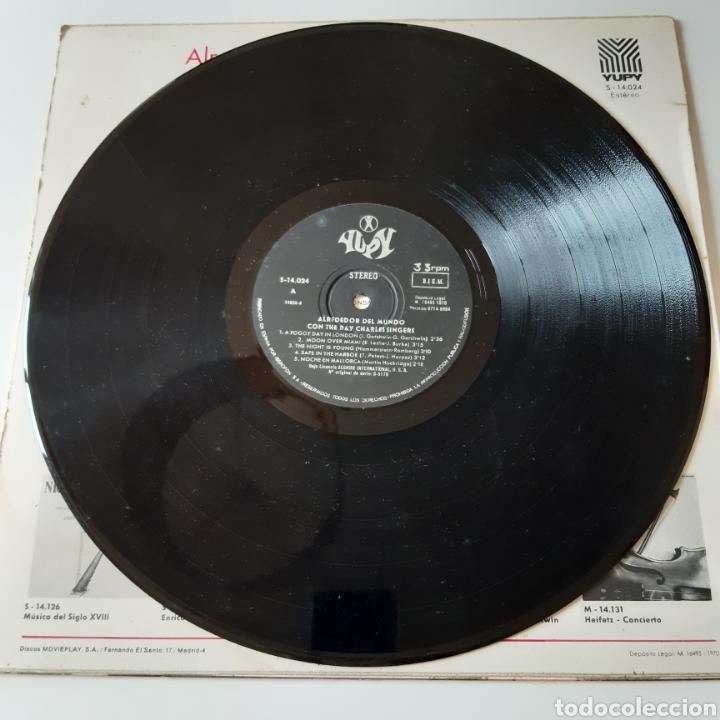 Discos de vinilo: LP - THE RAY CHARLES SINGERS - ALREDEDOR DEL MUNDO - ORIGINAL ESPAÑOL, YUPY RECORDS 1970 - Foto 4 - 194126157