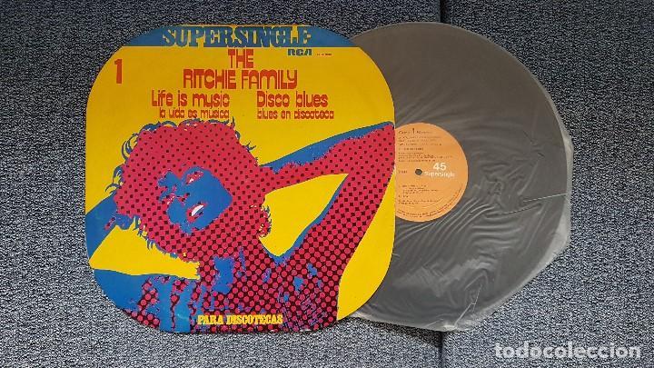THE RITCHIE FAMILY - LIFE IS MUSIC/DISCO BLUES. SUPERSINGLE. EDITADO POR RCA. AÑO 1.977 (Música - Discos de Vinilo - Maxi Singles - Funk, Soul y Black Music)