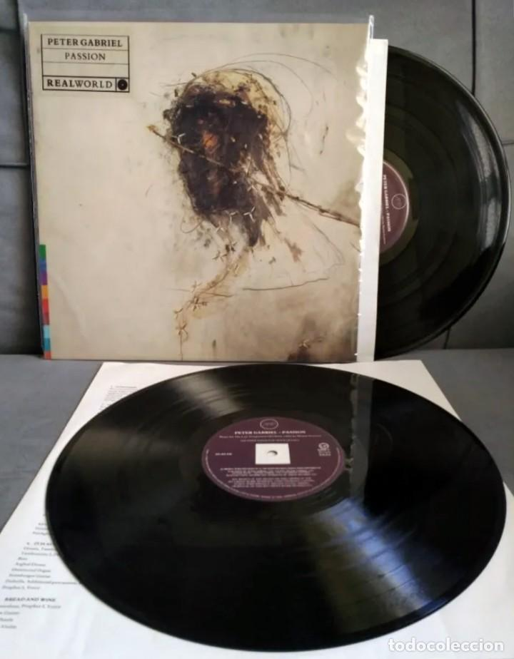 PETER GABRIEL, PASSION. 2 LP. 1989. MUY BUEN ESTADO. GRAMMY MEJOR ALBUM NEW AGE 1990. (Música - Discos - Singles Vinilo - Étnicas y Músicas del Mundo)