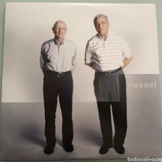 Discos de vinilo: TWENTY ONE PILOTS - VESSEL - LP VINILO. Lote 194200627