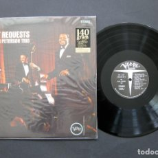 Discos de vinilo: THE OSCAR PETERSON TRIO – WE GET REQUESTS - VINILO 140 G USA. Lote 194209691
