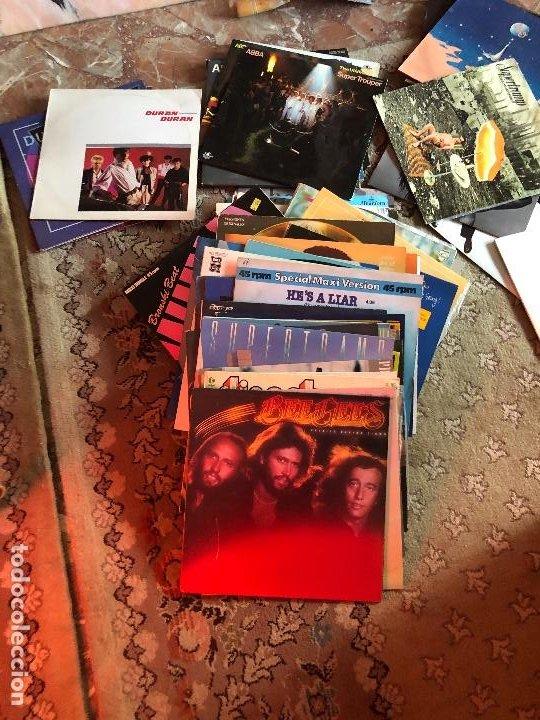 LOTE DE 98 LPS Y 75 SINGLES (Música - Discos - Singles Vinilo - Otros estilos)