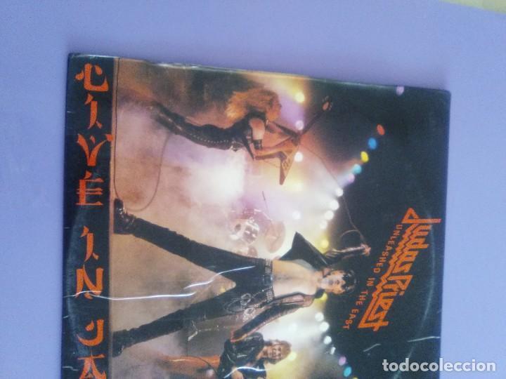 Discos de vinilo: JOYA GENIAL LP.JUDAS PRIEST - UNLEASHED IN THE EAST (LIVE IN JAPAN).AÑO 1979 SPAIN. SELLO CBS 83852 - Foto 4 - 194226035