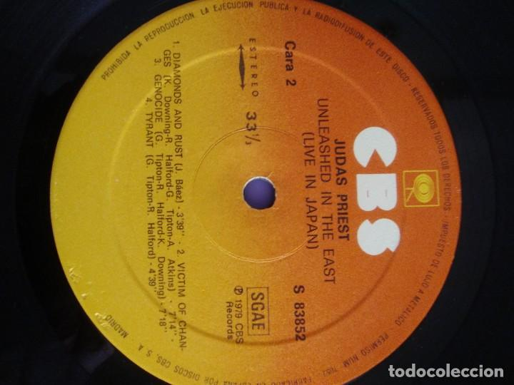 Discos de vinilo: JOYA GENIAL LP.JUDAS PRIEST - UNLEASHED IN THE EAST (LIVE IN JAPAN).AÑO 1979 SPAIN. SELLO CBS 83852 - Foto 13 - 194226035