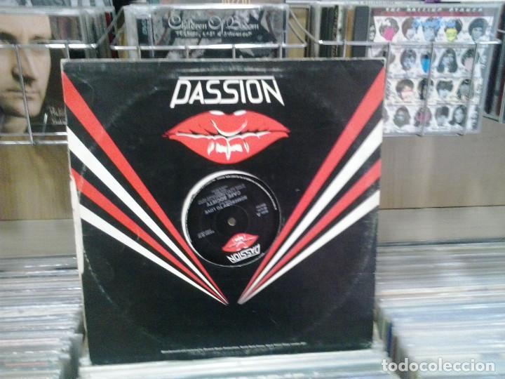 Discos de vinilo: LMV - Cafe Society. Somebody To Love. Passion Records 1984, ref. PASH 12 22 - Foto 2 - 194274337