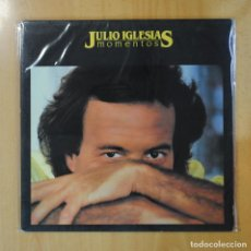 Discos de vinilo: JULIO IGLESIAS - MOMENTOS - GATEFOLD - LP. Lote 194328718