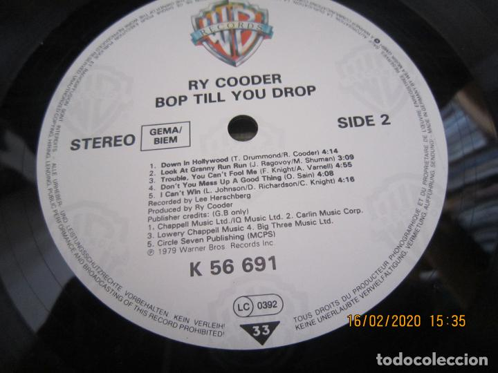 Discos de vinilo: RY COODER - BOP TILL YOU DROP LP - ORIGINAL ALEMAN - WARNER BROS. RECORDS 1979 MUY NUEVO (5) - Foto 11 - 194341145