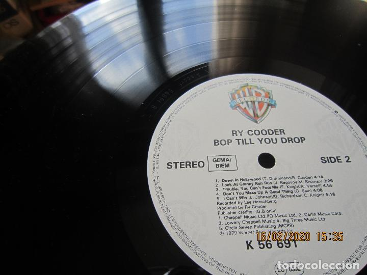 Discos de vinilo: RY COODER - BOP TILL YOU DROP LP - ORIGINAL ALEMAN - WARNER BROS. RECORDS 1979 MUY NUEVO (5) - Foto 14 - 194341145
